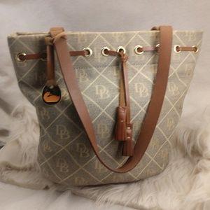 Authentic Dooney & Bourke purse handbag grey